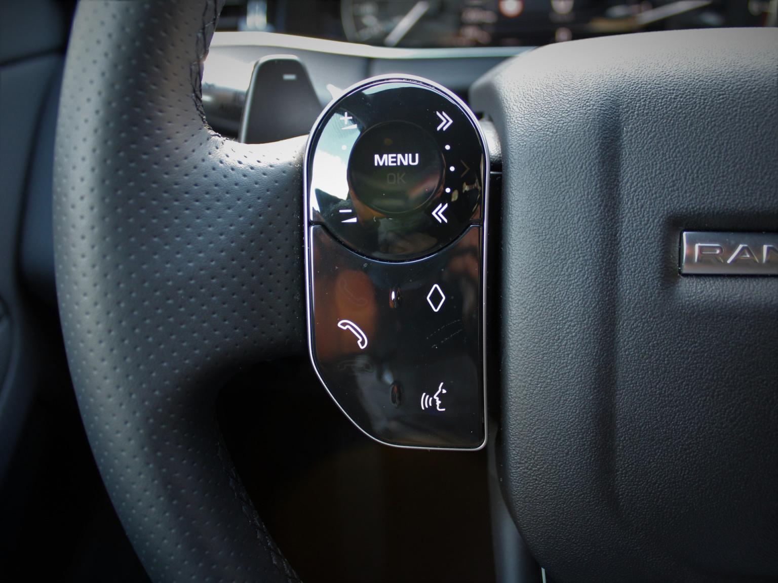 Land Rover-Range Rover Evoque-24