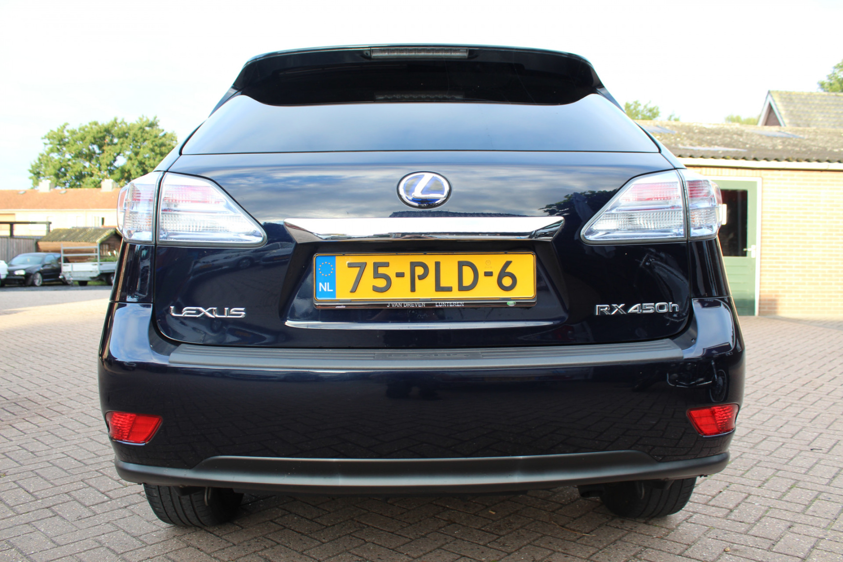 Lexus-RX-16