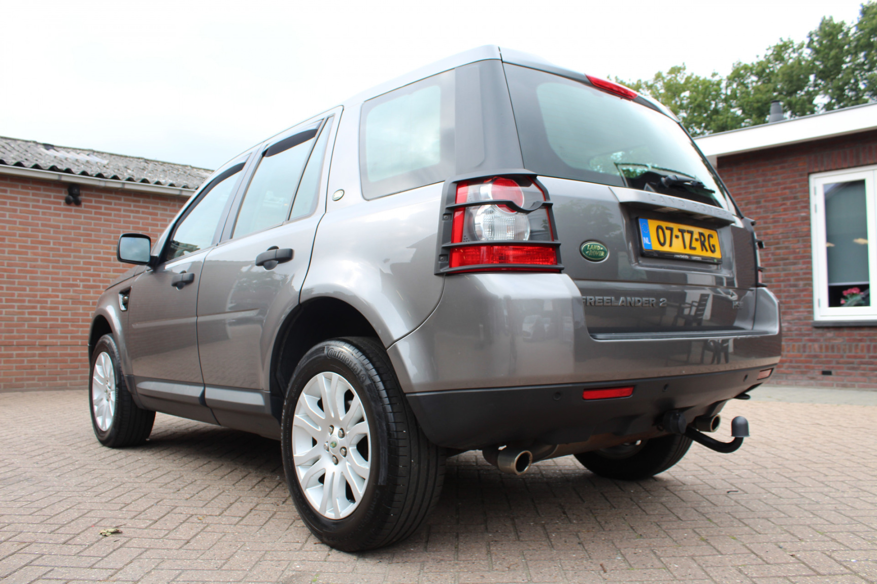 Land Rover-Freelander-17