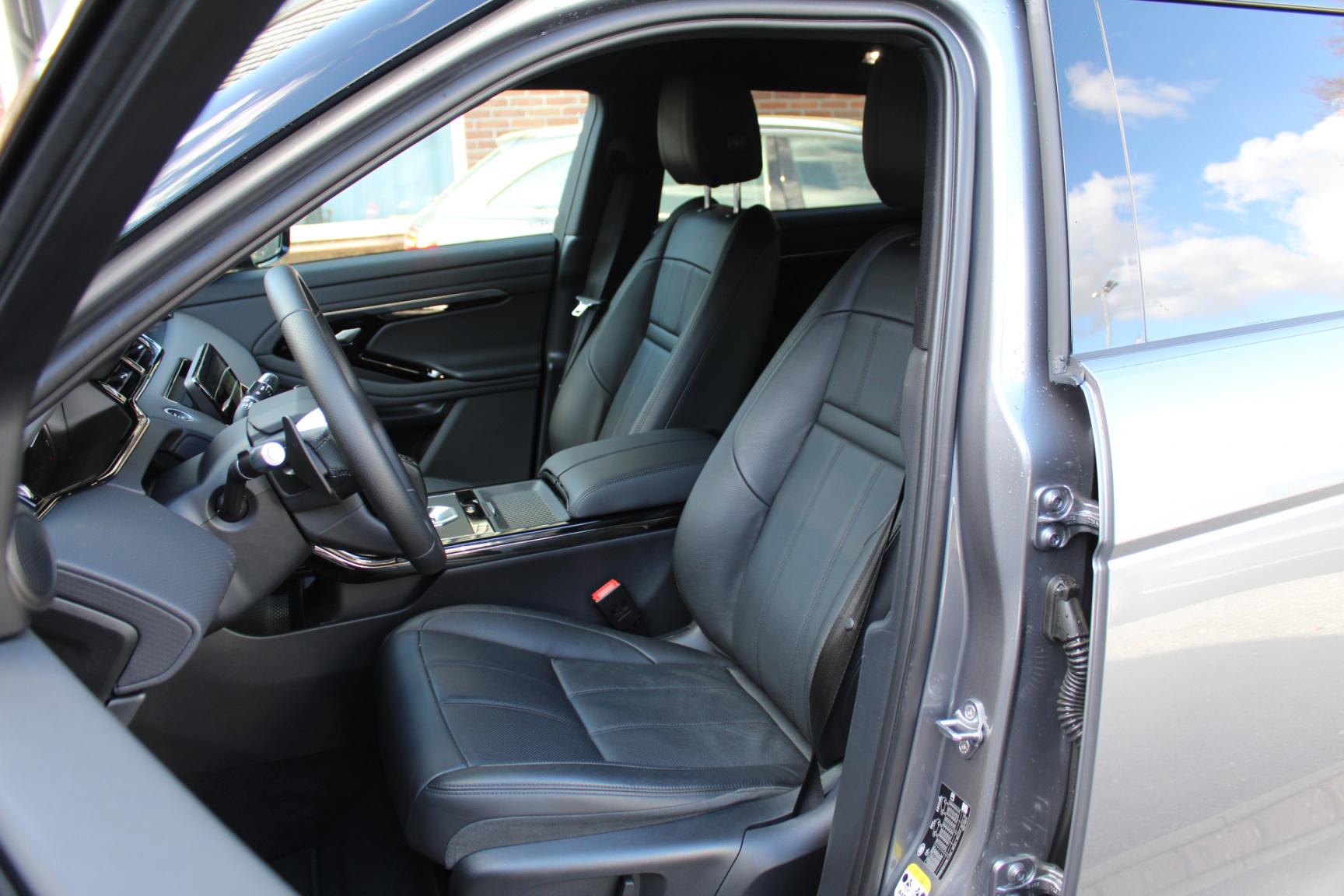 Land Rover-Range Rover Evoque-7