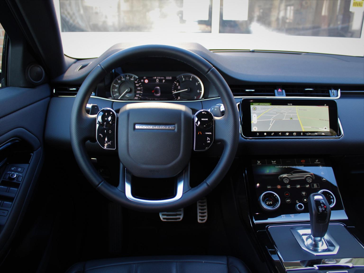 Land Rover-Range Rover Evoque-27
