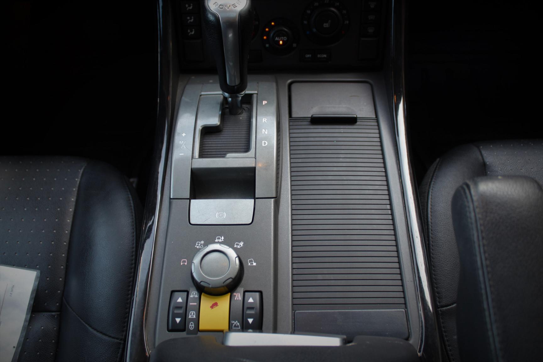 Land Rover-Range Rover Sport-10